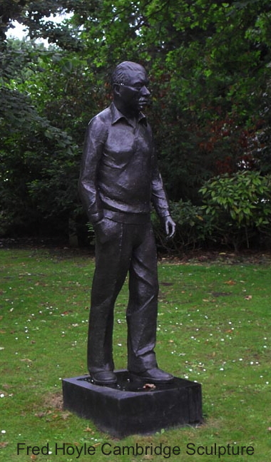 Fred Hoyle statue at Cambridge